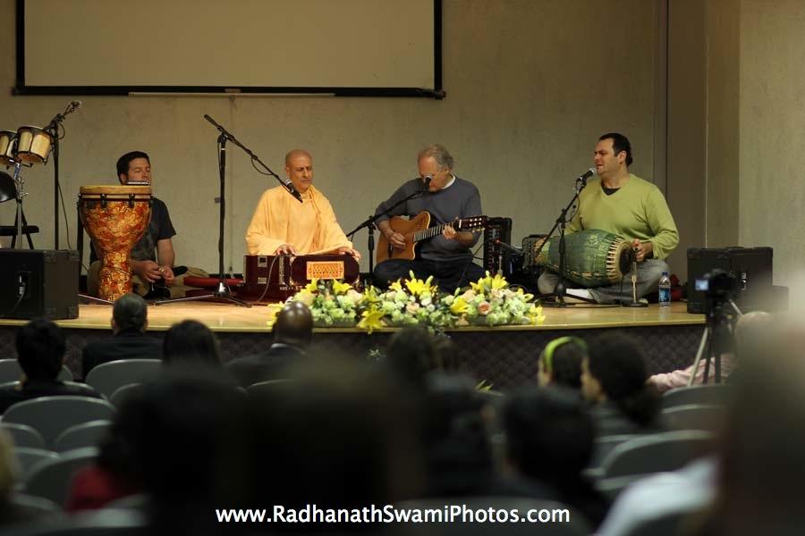 Radhanath Swami, Gauravani Prabhu and Richard Davis