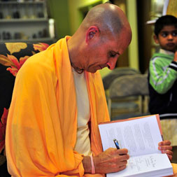 Radhanath Swami at Akashic Book Store