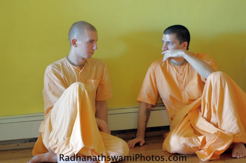 Devotees at Kula Yoga