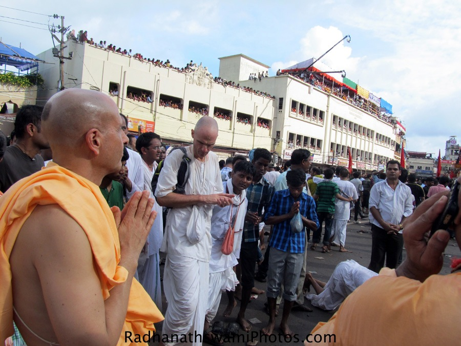 Radhanath Swami during Rath yatra at puri, Orrisa