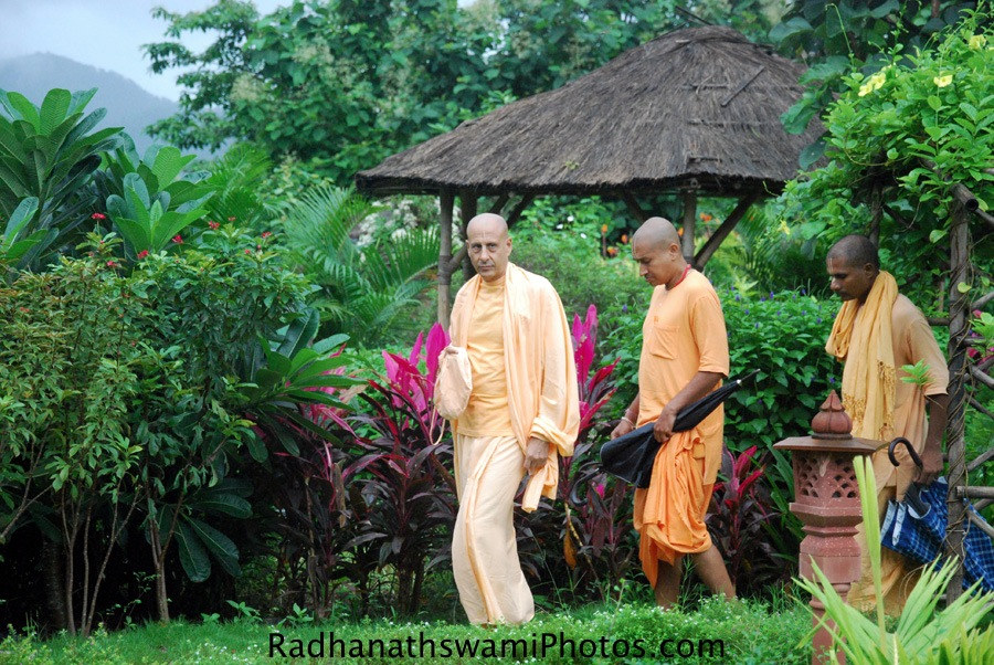 Radhanath swami Maharaj taking a tour of Wada Farm