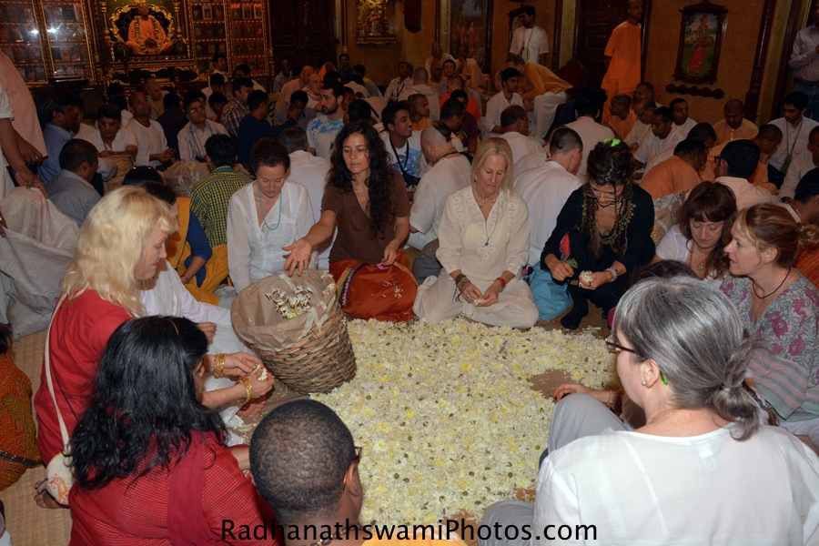 Devotees serving for lord at ISKCON Chowpatty_
