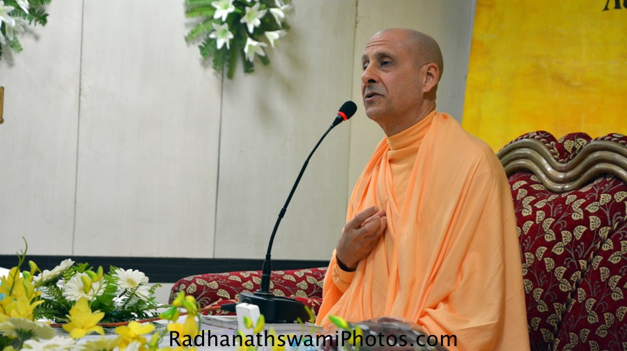 Talk by Radhanath Swami during the book launch at Patna