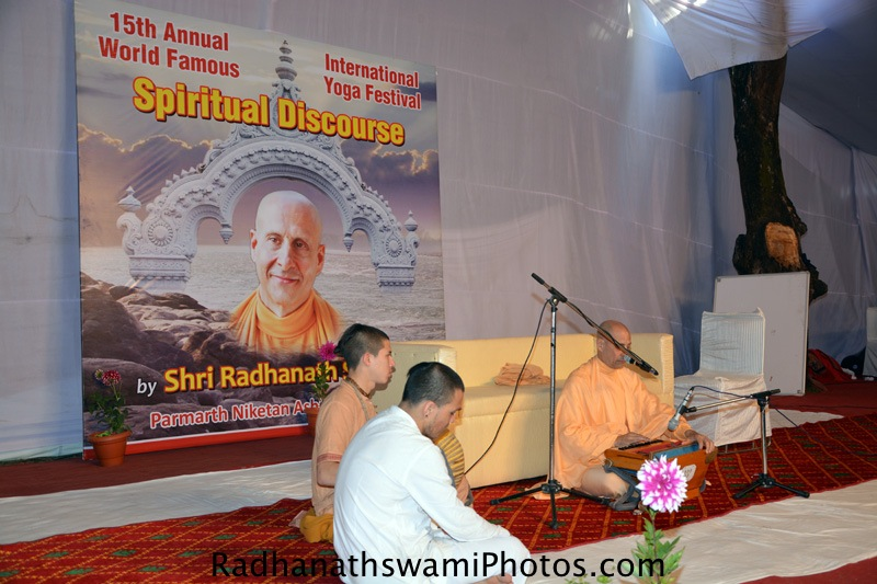 Kirtan by Radhanath Swami at Rishikesh