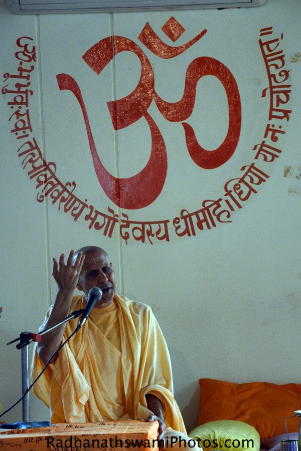 Talk by Radhanath Swami at Anand Prakashan ashram at Rishikesh