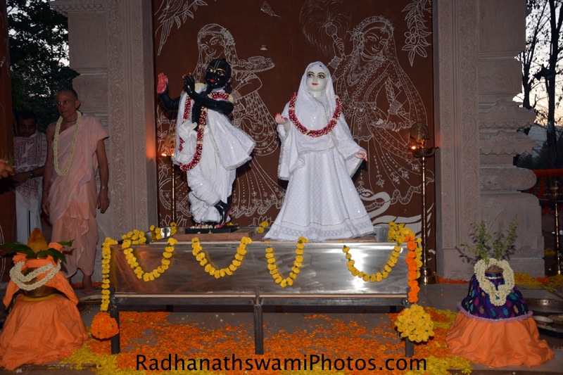 First darshan of Sri sri Radha Vrindavanvihari