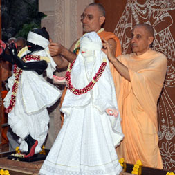 Radhanath Swami at GEV Deity installation ceremony