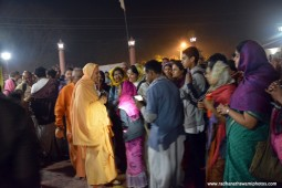 Radhanath Swami offering lamp4