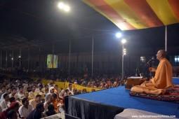 Talk by HH Radhanath Swami at Govardhan