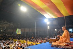 Talk by Radhanath Swami at Govardhan
