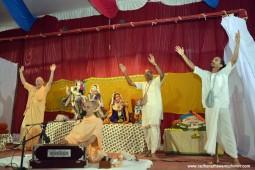 Kirtan by Radhanath Swami