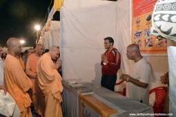 Radhanath Swami visiting stalls at Pandal1