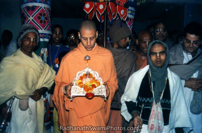 Radhanath Swami Carrying The Deity Of Srila Prabhupada