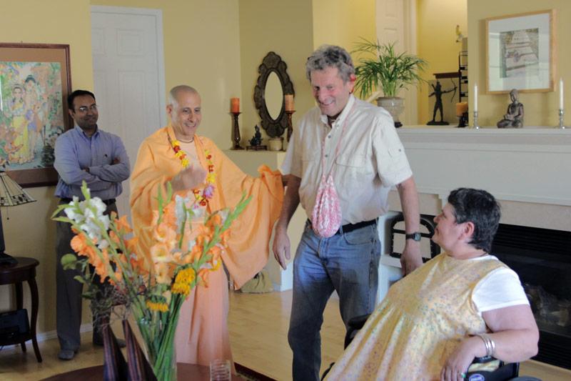 HH Radhanath Swami with HG Shyamsundar Prabhu