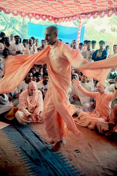 Radhanath Swami During Pune Yatra
