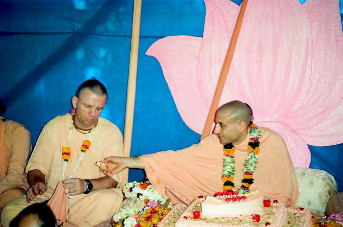 Radhanath Swami with his Godbrother
