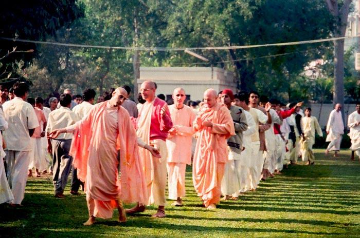 Radhanath Swami Dances in a Kirtan