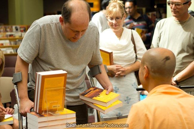 Radhanath Swami At Portland Borders Book Signing