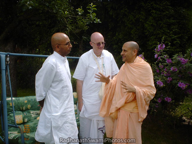 Radhanath Swami Counselling Devotees