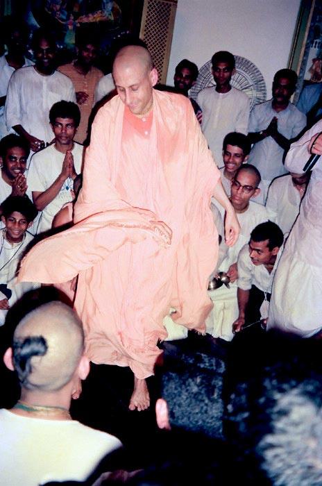 Radhanath Swami Maharaj in a Kirtan