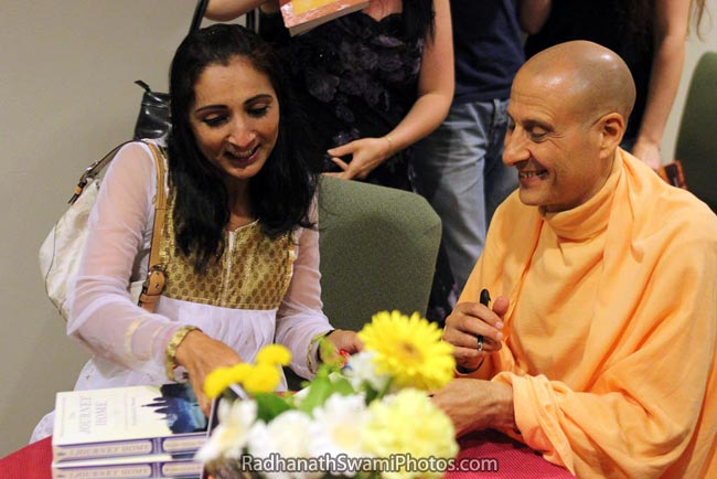 Radhanath Swami Signing The Journey Home Book
