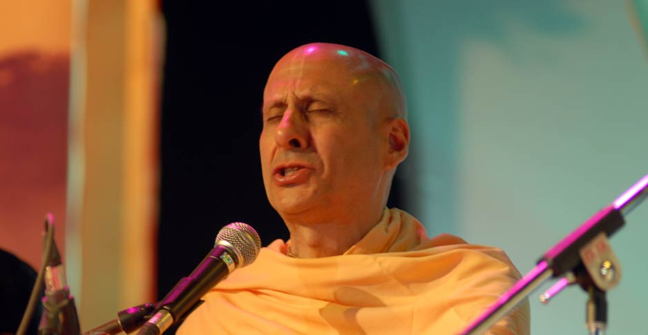 Radhanath Swami Singing Kirtan