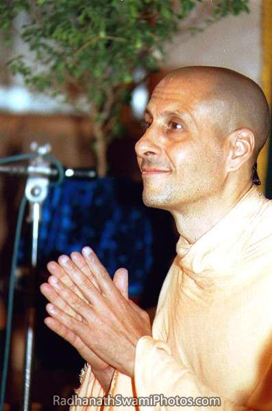 Radhanath Swami Thanking People