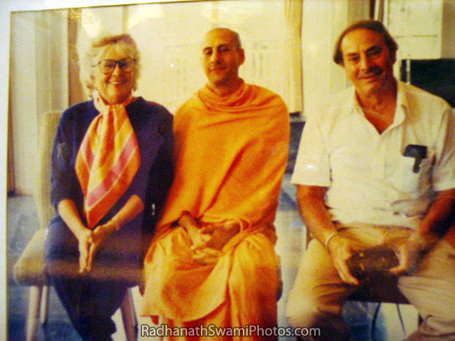 Radhanath Swami With His Parents