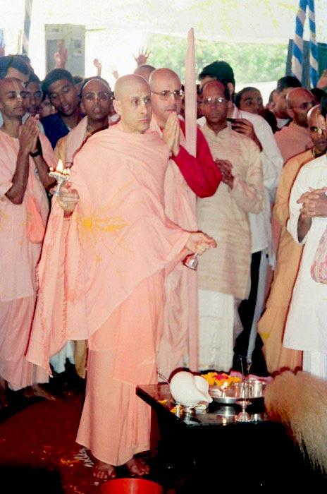 Radhanath Swami Doing Aarti