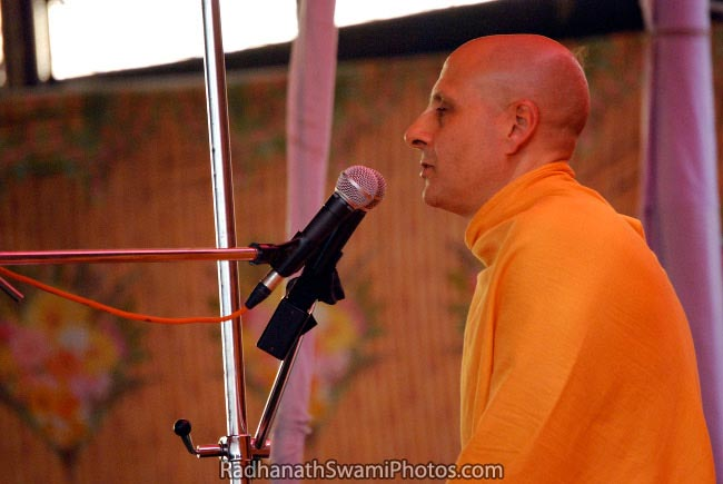 Radhanath Swami Giving Discourse
