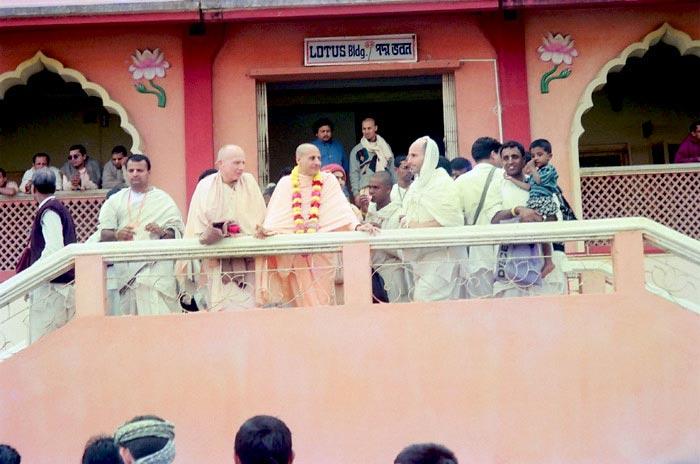 Radhanath Swami with Devotees