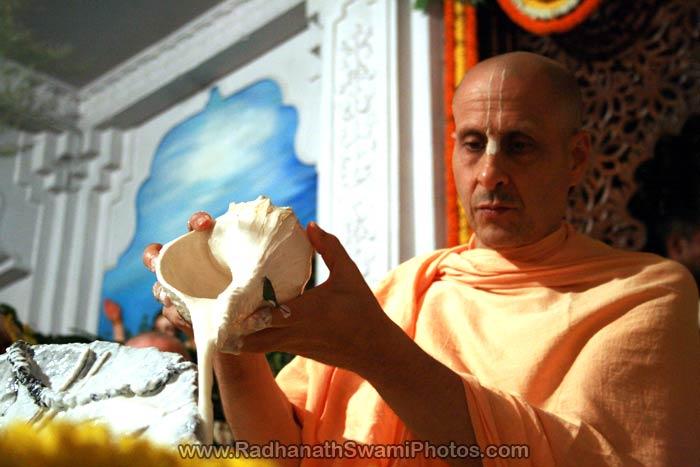 Radhanath Swami Performing Abhishek