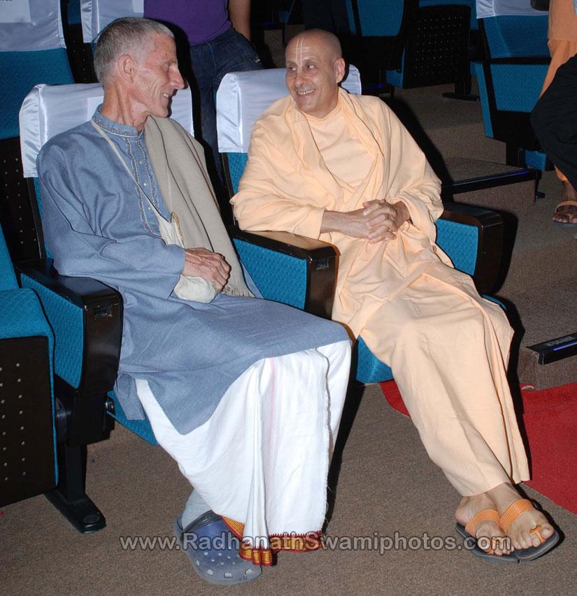 Yadubara Prabhu with Radhanath Swami