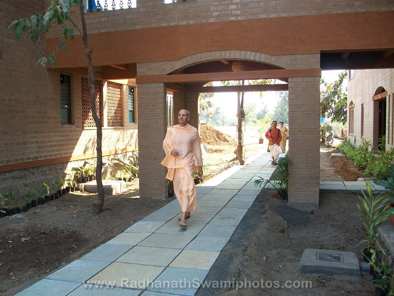 Radhanath Swami at Goverdhan Farm