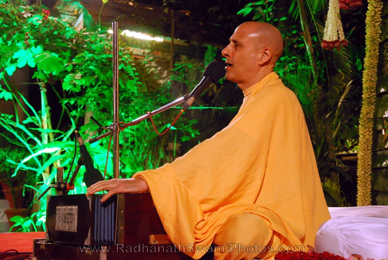 Kirtan by Radhanath Swami at Birla House