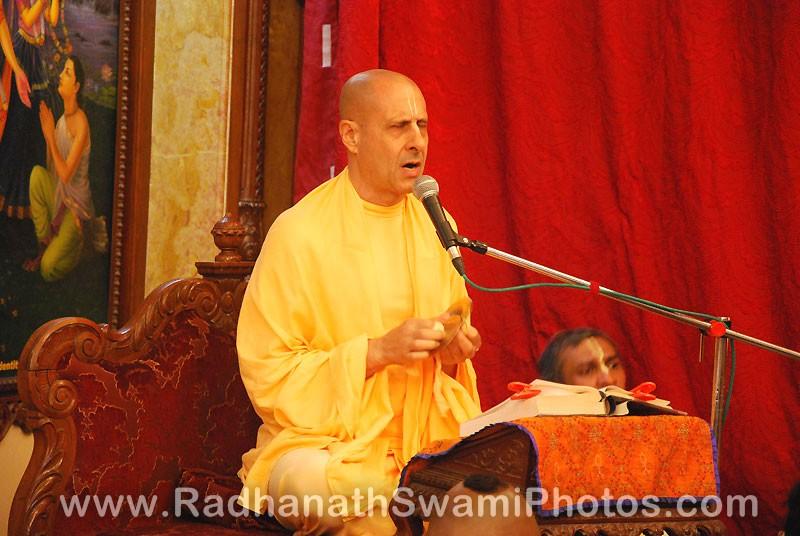 Radhanath Swami Lecture at Pusya Abhishek Festival