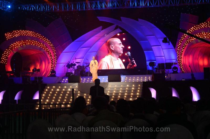 Talk by HH Radhanath Swami at Inspiro Youth Fiesta