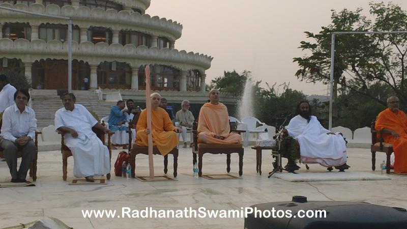 Radhanath Swami with Sri Sri Ravi Shankar ji and Yadunandan Swami