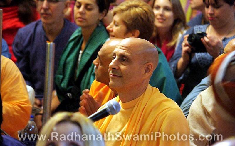 Radhanath Swami during Pusya Abhishek
