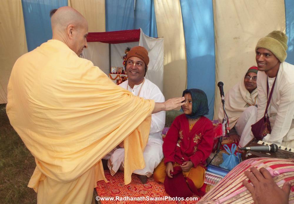 Radhanath Maharaj with devotees