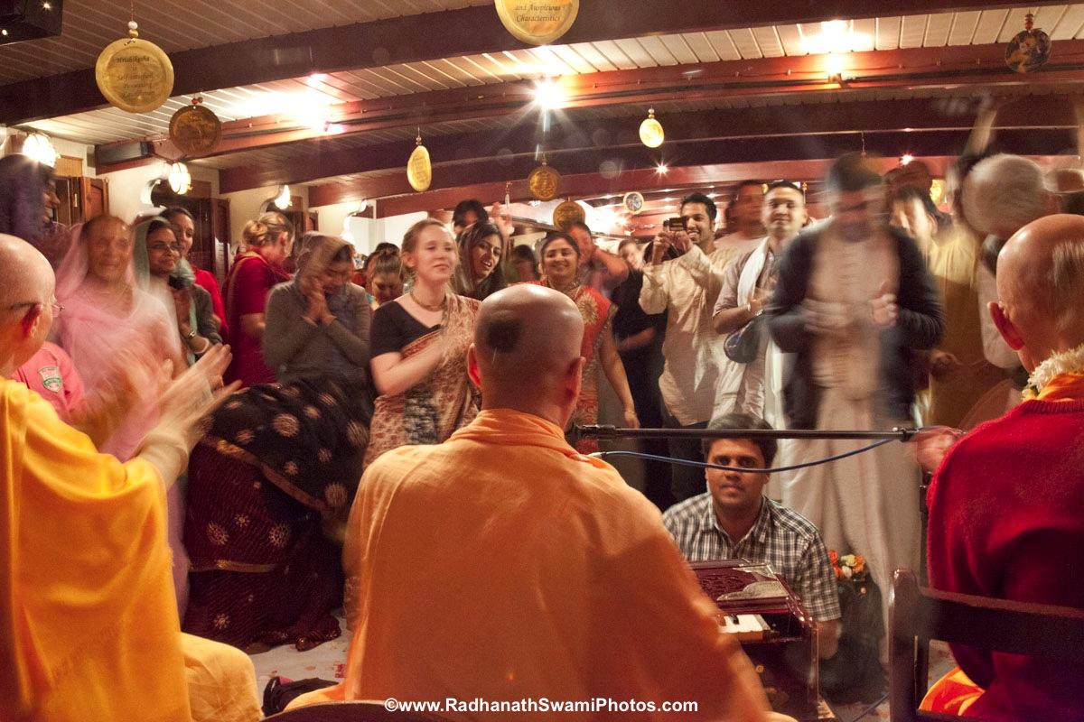 Radhanath Swami Leading a Kirtan