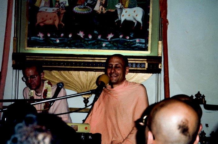Radhanath Swami Kirtan