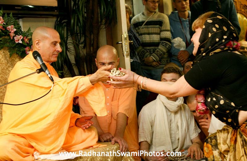 Radhanath Swami giving Initiation