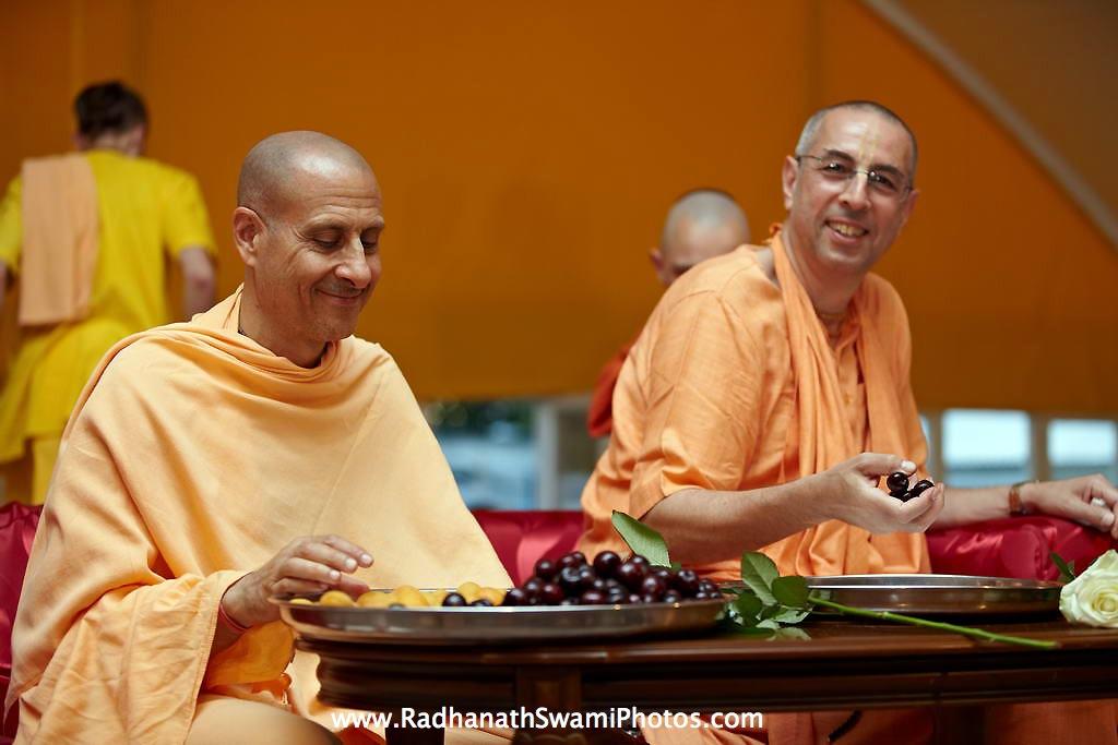 Radhanath Swami with Niranjana Swami