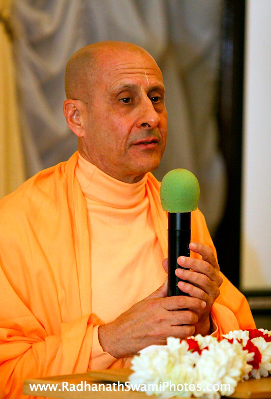 Radhanath Swami in Moscow Temple