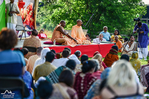 Radhanath Swami with HH Devamrita Swami