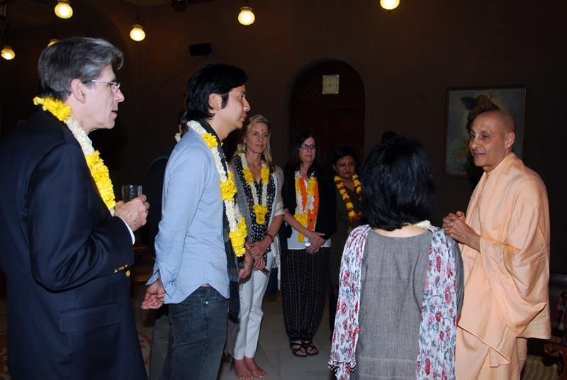 Harvard University Students visits ISKCON Chowpatty
