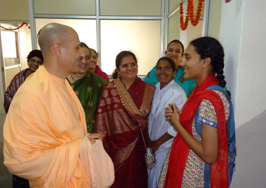 Radhanath Swami meeting Devotees