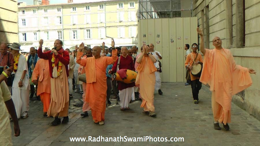 Hare Krishna chanting on the Street