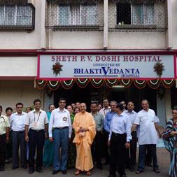 Radhanath Swami at PV Doshi Hospital
